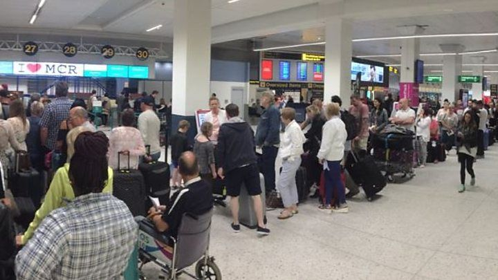 Thomas Cook delays after Manchester Airport check-in fails