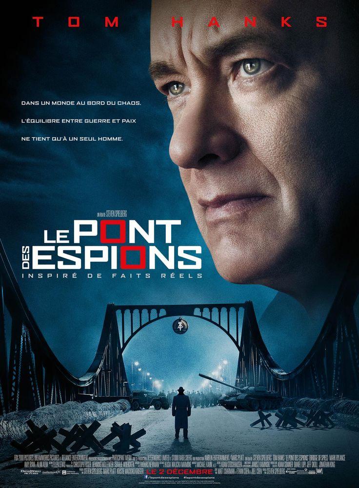 Le Pont des Espions est un film de Steven Spielberg avec Tom Hanks, Mark Rylance. Synopsis : James Donovan, un avocat de Brooklyn se retrouve plongé au cœur de la guerre froide lorsque la CIA l'envoie accomplir une mission presque imposs