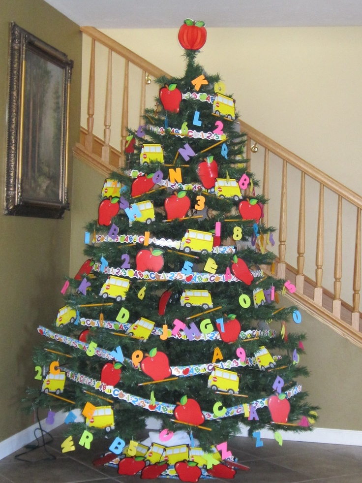 Back to School Tree 2010 Holiday