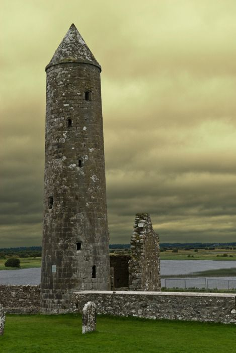 Tower at Clonmacnoise, Shannonbridge, Athlone, County Offaly, Ireland.