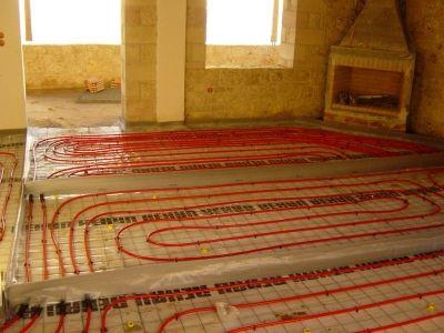 Ενδοδαπέδια θέρμανση σε διώροφη λιθόκτηστη οικοδομή στη Μεσσηνιακή Μάνη
