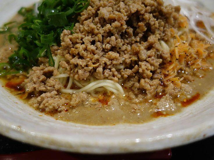 新大久保と言えばコリアンタウン。サムギョプサルを始め、韓国料理が有名ですが、それ以外にも美味しい料理が沢山あります。今回は、ラーメン編です。