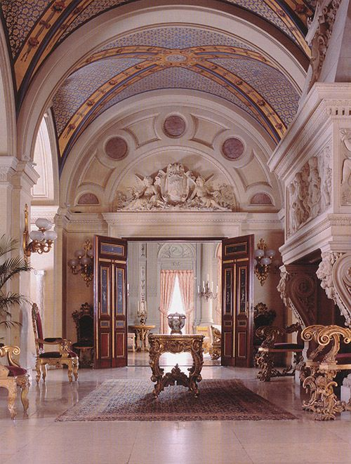 the breakers mansion   The finest of materials were used by the greatest craftsmen of the era ...