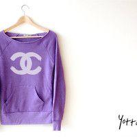 <3Lavender Chanel Sweater..I like :)