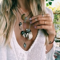 pretty hair popular girl fashion white style chic boho tattoo blonde outfit Clothes nature trend accessories clothing necklace accessory knit knitwear boho chic boho style boho trend