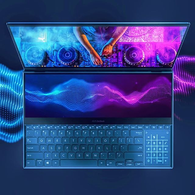 Asus Zenbook Pro Duo Wow Congrats Asus You Definitely Did A Great Job On This One The Dual Screen Setup Is Beautiful Follow Metalge Asus Custom Pc Congrats