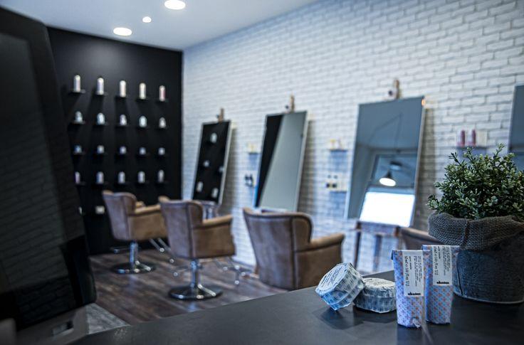 Dstudio_Interior_hair_studio_look_design_parrucchiere_acconciatore_parrucchiera_360_arredo_arredamento_expo_davines_cassa
