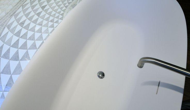Vasca in cristalplant.  #bathroom