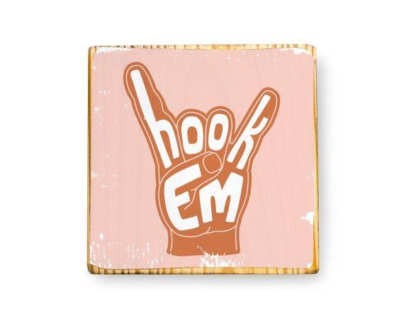 Hook Em Hand Signal Illustration University Of Texas At Etsy In 2021 Austin Painting Longhorn University Of Texas