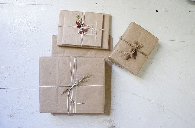 Wrapping Inspiration: Brown Paper & String & Plants