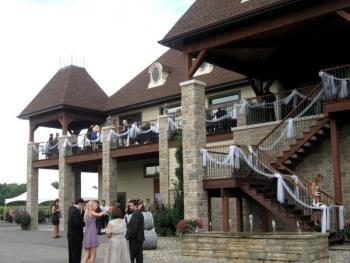 Décoration pour un mariage au Vignoble Rivière du Chêne.