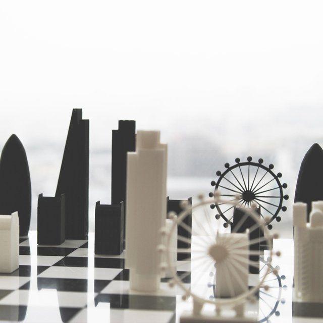 Fancy - Skyline Chess Set