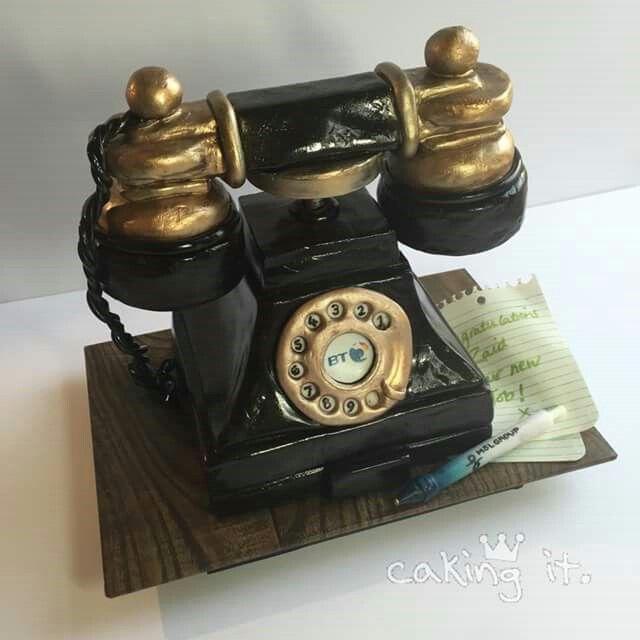 Edible Art, Vintage Rotary Phone Cake.