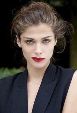 Seriously Elisa: Italian Model Debuts on French Screens