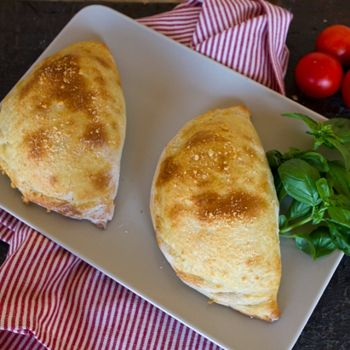 Spinach & ricotta calzone...switch to crescent roll instead of pizza dough?