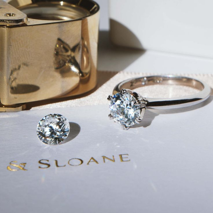 Naveya & Sloane engagement ring, made to order in Auckland, New Zealand. The Sloane Setting.