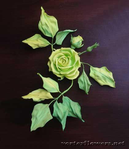 зеленая роза из фома