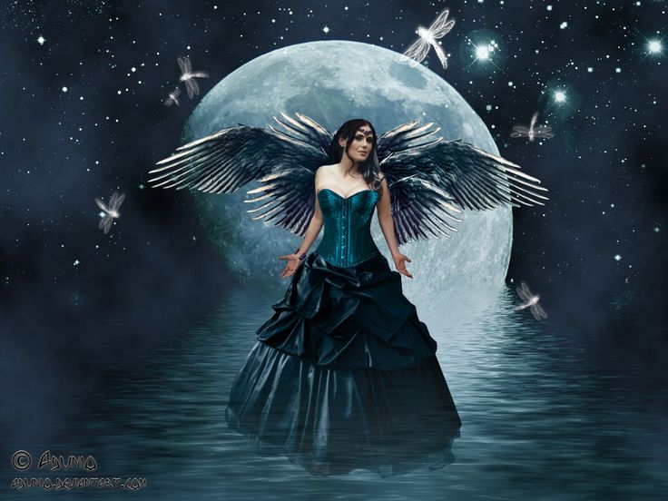 I would love to make a slightly steampunky version of this, with Fae wings.