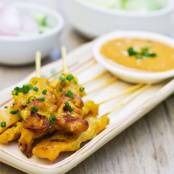Brochettes de dinde marinées au gingembre et curry