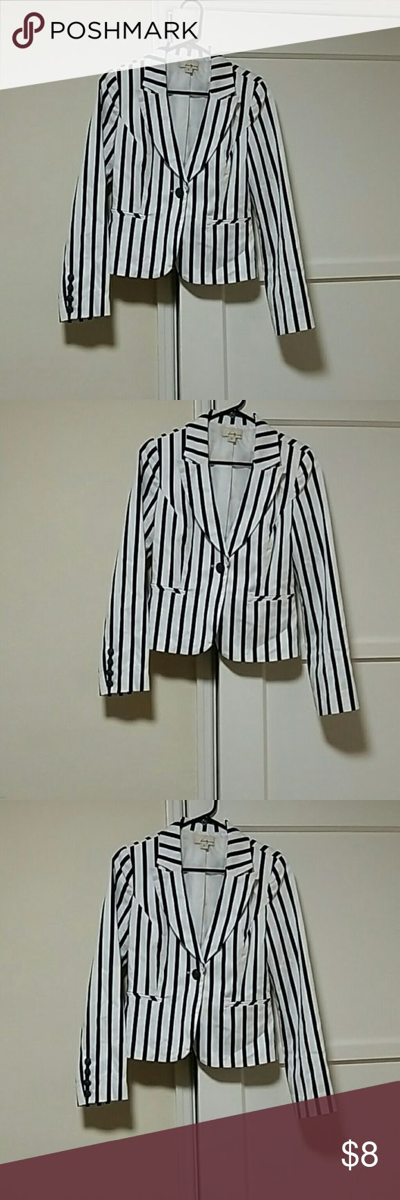 TWENTY ONE Women  suit jacket TWENTY ONE  Jackets & Coats