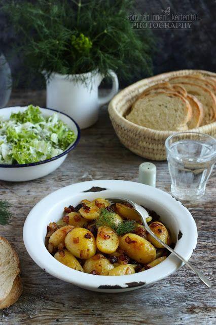...konyhán innen - kerten túl...: Serpenyős újburgonya, kapros-joghurtos salátával