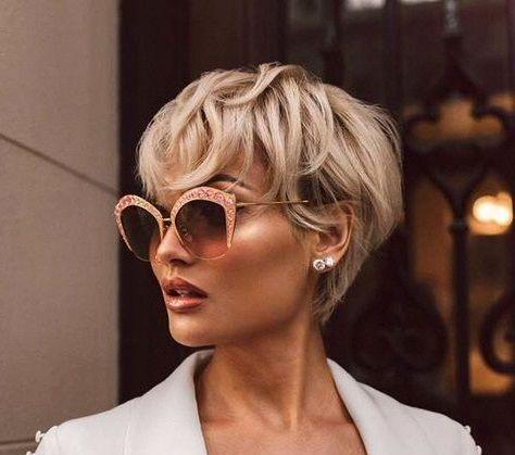 Kurze Frisur Für Textur Und Haarfarbe 2018