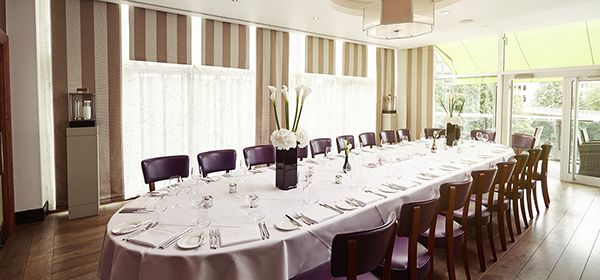 The Lowry Hotel's Private Dining Room can accommodate a maximum of 22 guests