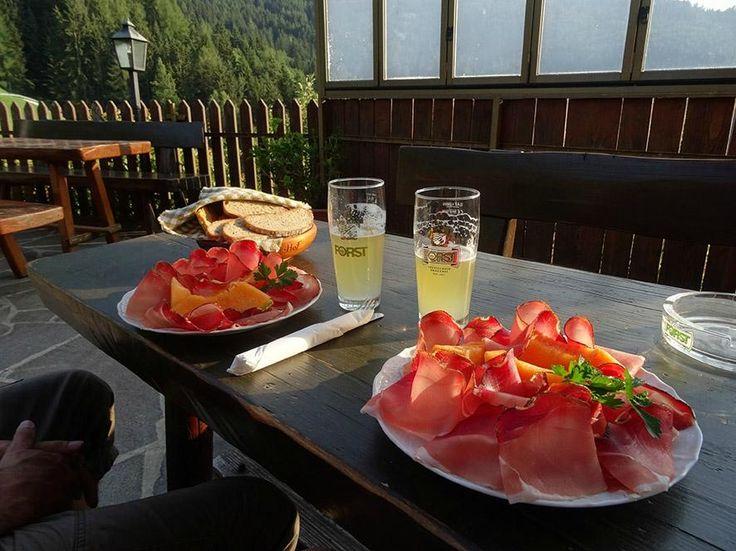 Speck, Figisterhof (Chiusa (Klausen), Südtirol, Italien