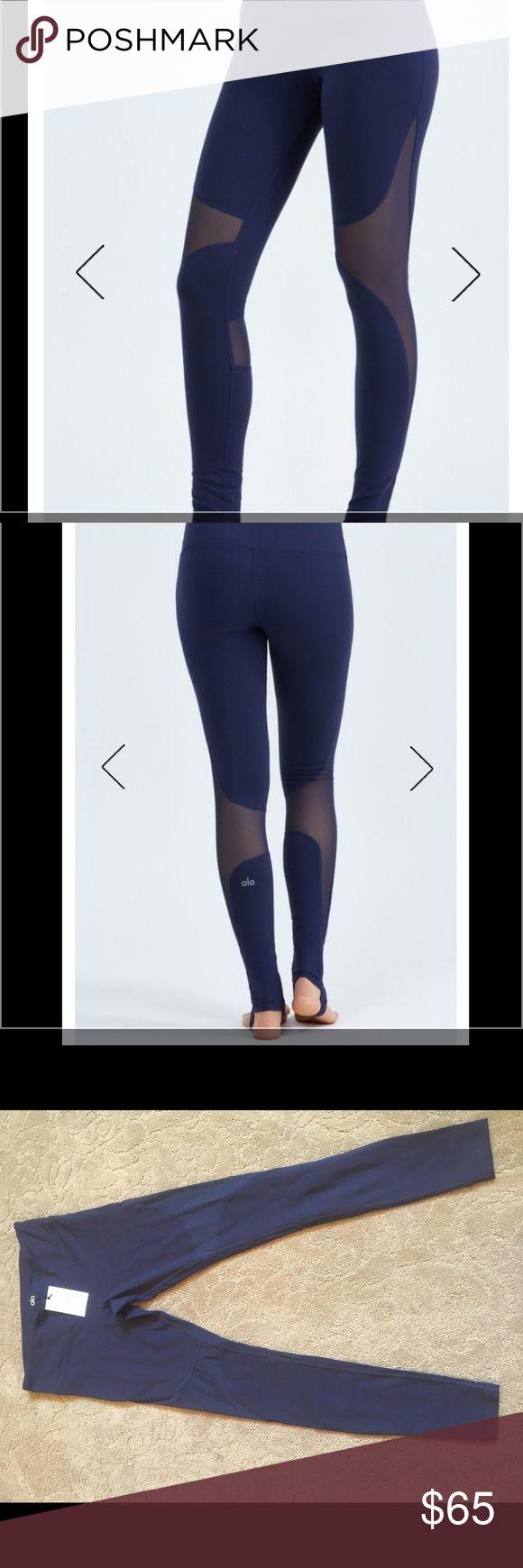 Alo yoga coast leggings rich Navy Sz L NWT Alo yoga coast leggings with mesh cutouts. Size large. Navy. New with tags. ALO Yoga Pants Leggings