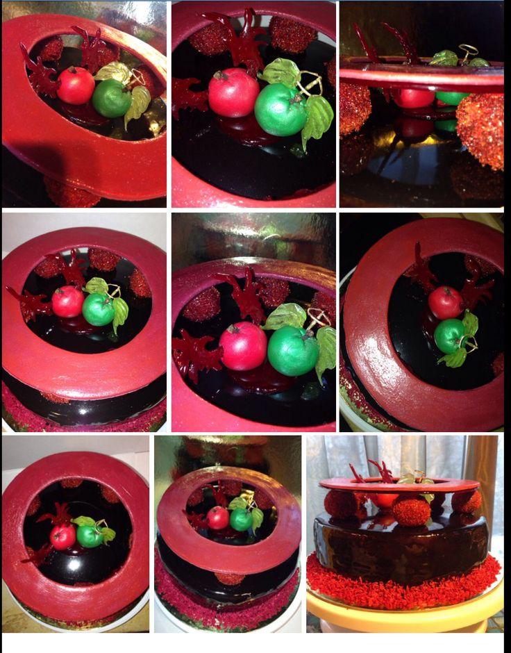 Торт, цветная глазурь, шоколадный бисквит, шоколадный мусс, декор: Мастика, карамель