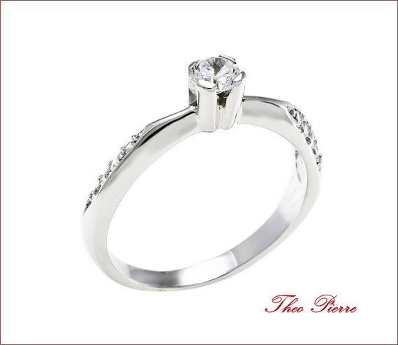 Elegant Solitaire Engagement Ring 14K Gold
