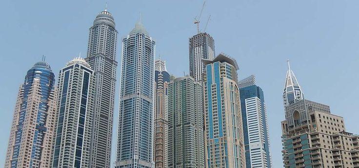 Som jag ser det så är skyskrapor nästan det enda alternativet när det gäller byggandet av hus i framtiden. Skyskrapor behövs verkligen.