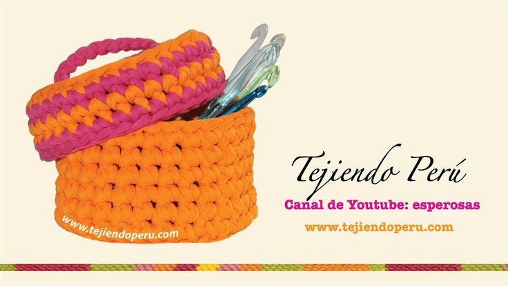Canasta con tapa tejida en trapillo con crochet XL