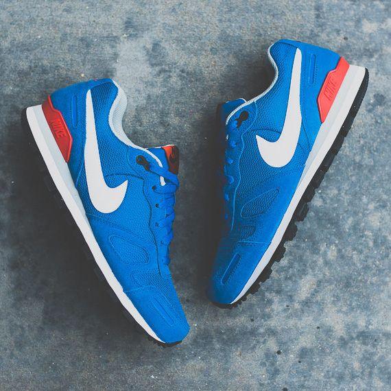 "Nike Air Waffle Trainer   ""Military Blue"""
