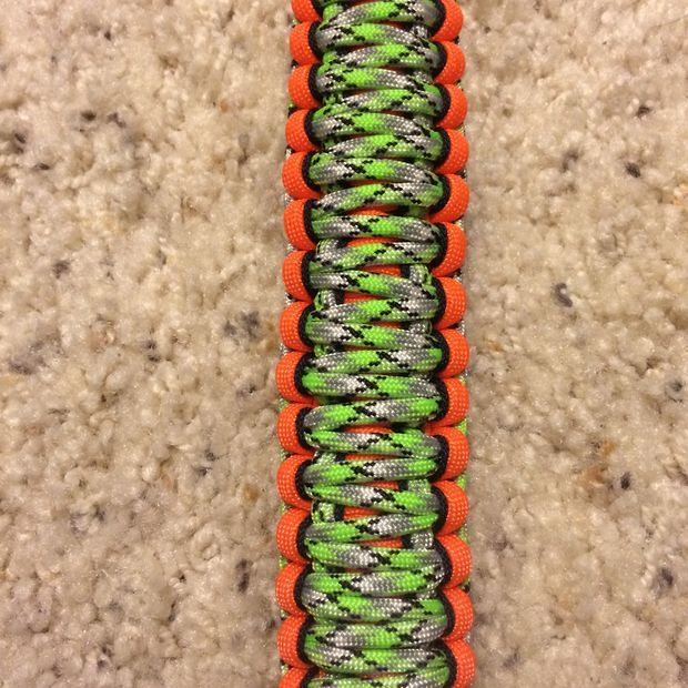 Picture of Paracord Weave - King Cobra paracord bracelet patterns #crafts #summer #camp