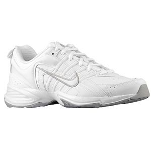 Nursing Shoes for a flat footed me. Nike T-Lite VIII Leather $49.99 #nightshift #nurse