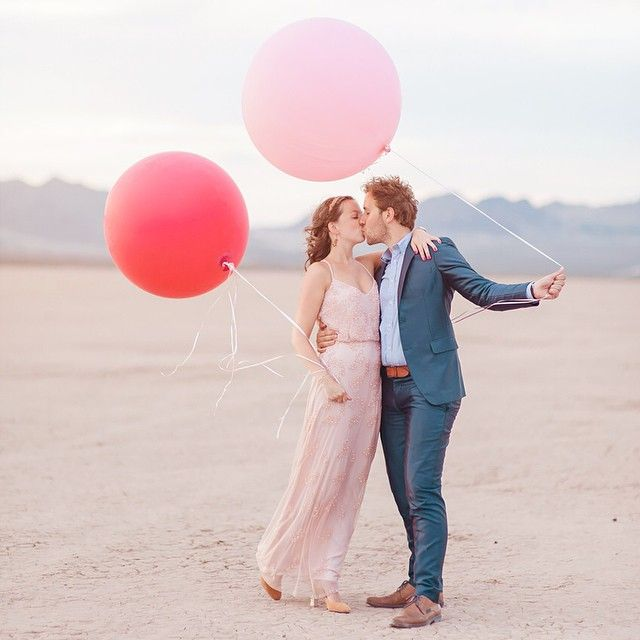 Editing the photos from another sweet desert elopement and swooning over this bride's blush dress! #desertwedding #vegaselopement #blushwedding #weddingstyle #soloverly #chelseanicolephotography