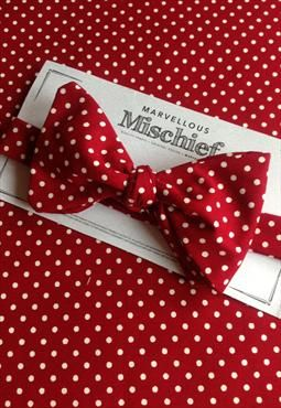 Red polka dot cotton bow tie