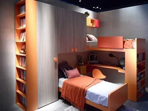 Spazi vitali  #bedroom #letto #wardrobe #arredatore #photooftheday #like4like #igdaily #interior #ilovemyjob #instalike #relax #colorful #ciao #ragazzi #kids #milanodavedere by arredamentiballabio
