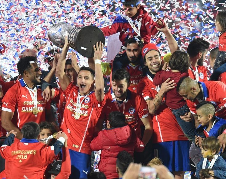 Santiago, Chile - Chilean players celebrate their Copa America victory | The 49 Most Powerful Images From Latin America In 2015