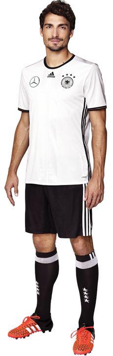 Team :: Die Mannschaft :: Männer :: Mannschaften :: DFB - Deutscher Fußball-Bund e.V. Mats Hummels #footballislife