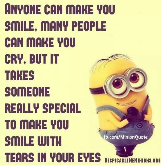 LOL!!! XD ¡SO RANDEM! BANANA ROFLCOPTER. Like or repin this if you hate minions