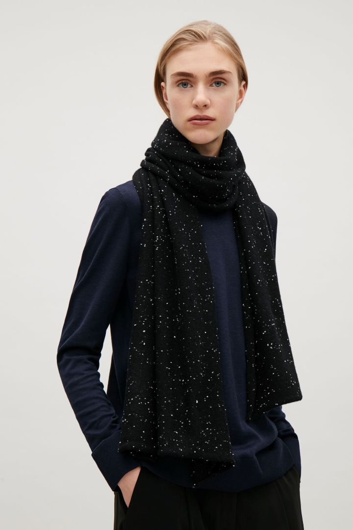 COS image 3 of Speckled cashmere scarf in Black