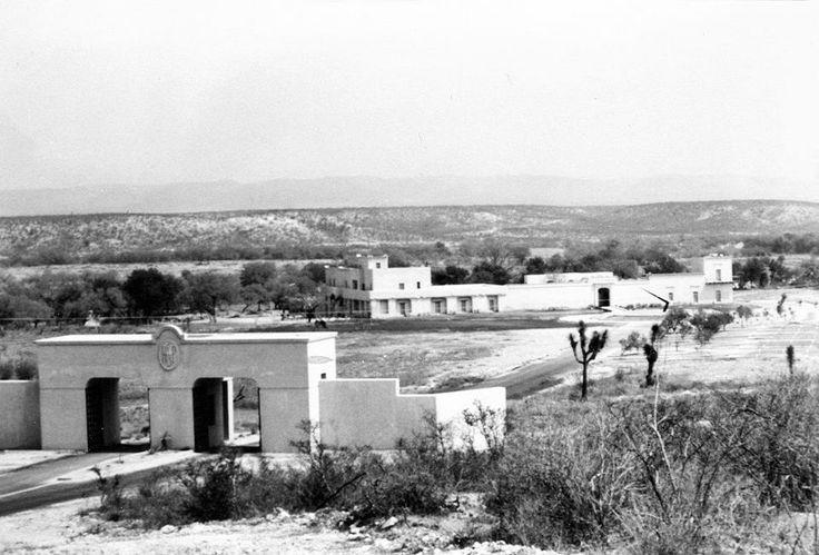 El 29 de Marzo de 1990 se inaugura la Hacienda San Pedro en Zuazua, Nuevo León, donde se instala el Centro de Información de Historia Regional.