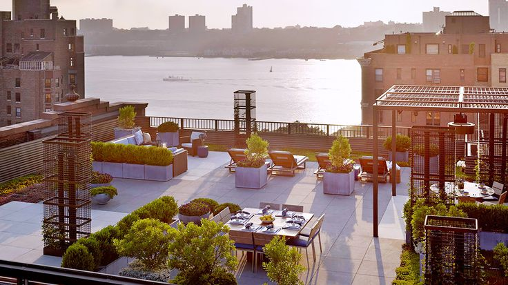 The Most Gorgeous Urban Rooftop Gardens via @mydomaine