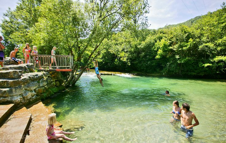 View Camping Maisonneuve in Dordogne, France. Dogs allowed, Campfires allowed, Outdoor swimming pool, Play area. Best prices, easy booking, no fees.