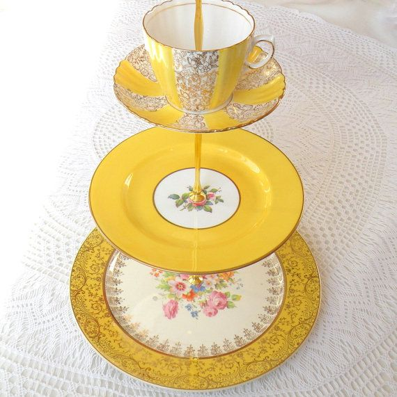 High Tea for Alice - Bright Yellow ♥: Teas Time, Crafts Ideas, Craftsart Projects, Cakes Plates, High Teas, Vintage China, Crafts Art Projects, Yellow Cakes, Cakes Stands