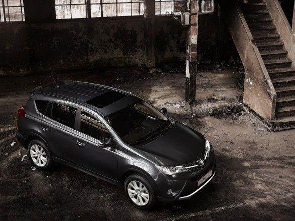 Toyota, Surprising 2014 Toyota RAV4 EU Version Front Side Top Balck Body: 2014 Toyota Rav4; Compact SUV Car