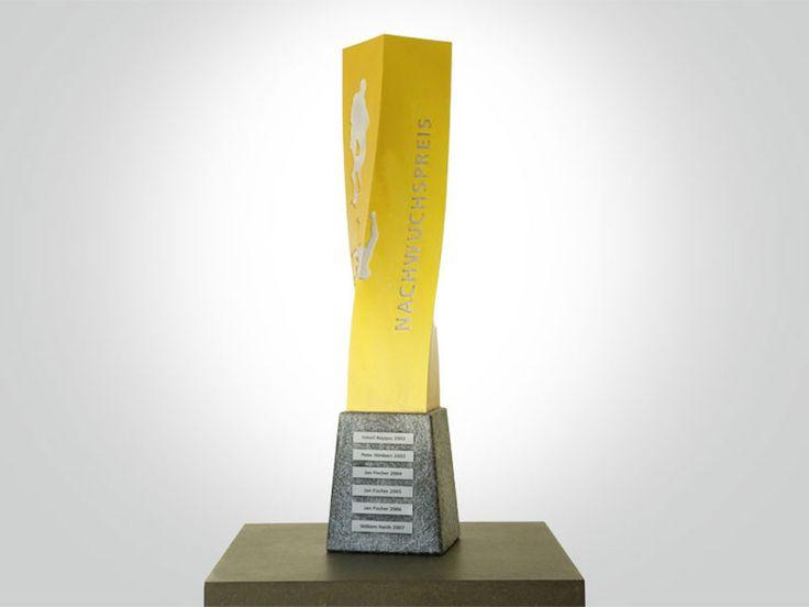 RINGER TROPHÄE - Johannes Stoll | Art Direction & Design