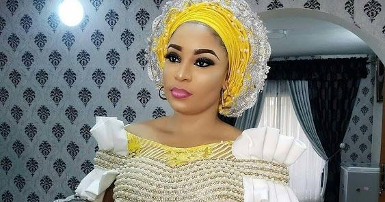 Yellow and Gold with White Touch ASo Ebi Styles : Check It Out